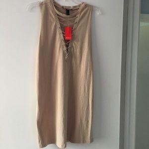 Tan lace sleeveless dress